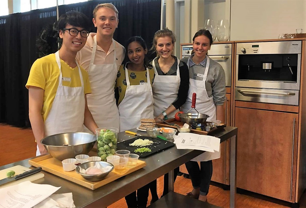 MD Students Cooking Class